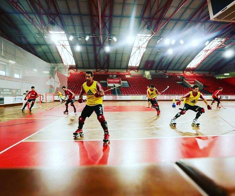 pavimento desportivo de madeira hóquei em patins sobre inov4sports