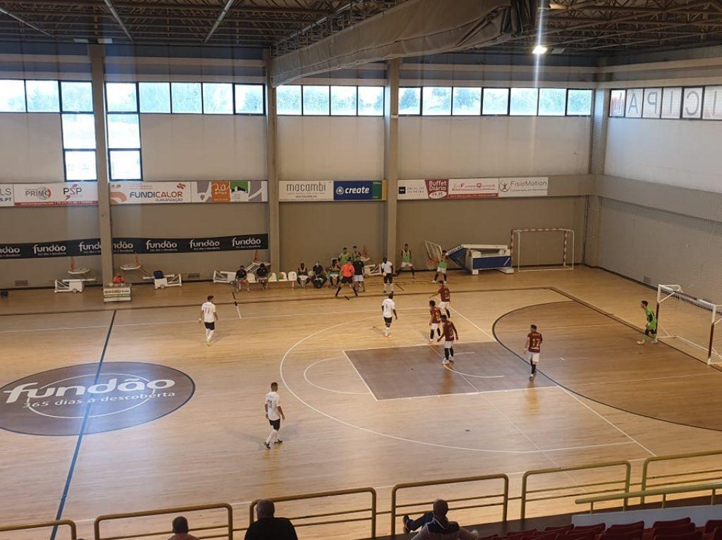 manutenção de piso desportivo de madeira interior