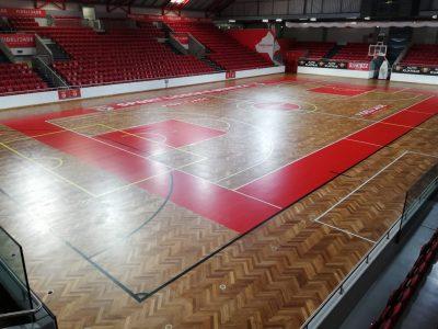 manutenção piso desportivo