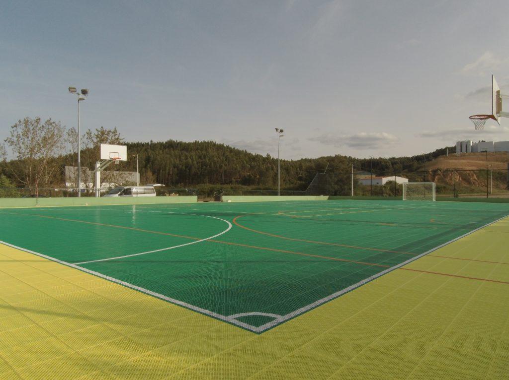 pavimento desportivo modular para exterior